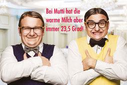 Medium_525x393_muttersoehnchen_eng